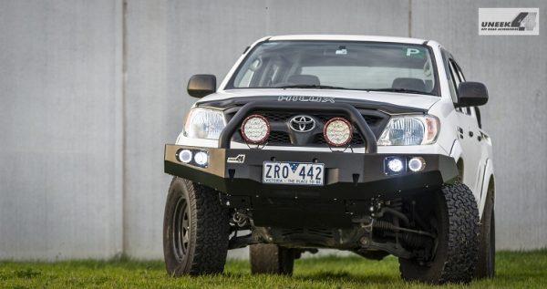 Toyota Hilux '05 -'15 Bull bar4