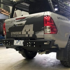 uneek_4x4_hilux_rear_bar_4