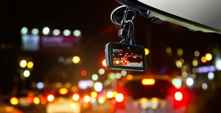 dash-camera-on-car